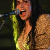 Amy Winehouse 2004 - zdjęcie z koncertu
